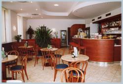 caffe_inter_001.jpg